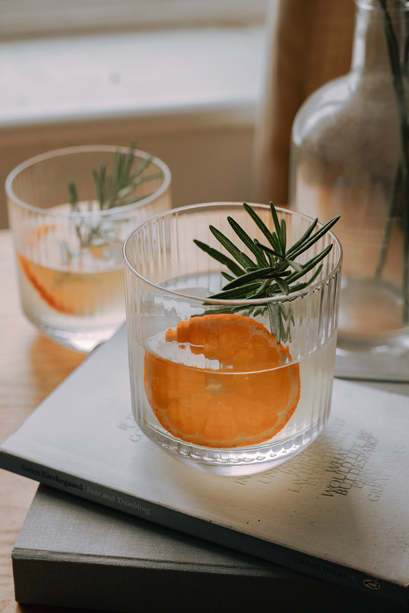 rosemary and ginger cocktail